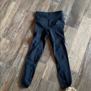 Lululemon size 4 7/8 tights nulux